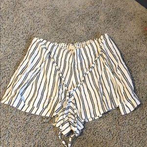 Comfy striped shorts